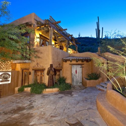 Sante Fe (Adobe) Style Homes